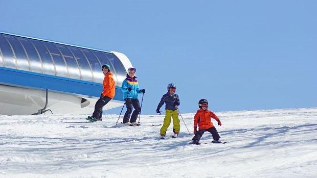 shawnee-mountain-is-the-poconos-favorite-family-destination-for-skiing-and-snowboarding-shawnee-mountain-ski-area_opt