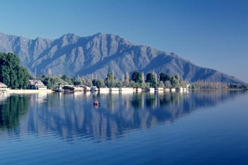 golden-privilage-houseboats-srinagar