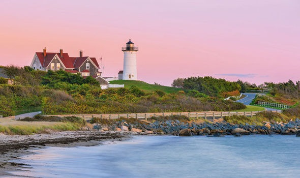 travel-discover-beach-holiday-cape-cod-massachusetts-608951